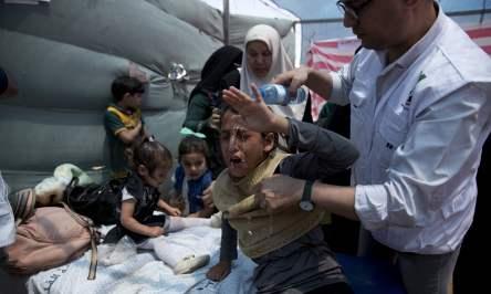 palestinian-children-tear-gas